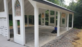 Spacious chapel for ceremony