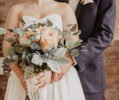 Tips on how to achieve the rustic-chic wedding theme